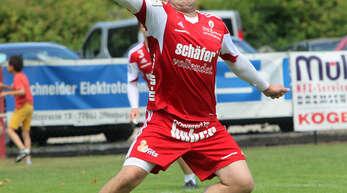 Abwehrspieler Tobias Braun tritt kürzer und wird sich künftig der Reservemannschaft des FBC Offenburg anschließen.