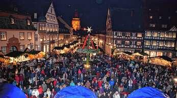 In Gengenbach sind die Sicherheitsmaßnahmen bereits hoch, da der Adventsmarkt mit Deutschlands wohl größtem Kalender ein Besuchermagnet darstellt.