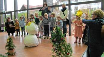 Die kleinen Knirpse der Kita Fessenbach bereicherten das Programm mit Liedern vom Schneemann und von Weihnachten.