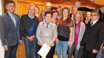Treue Mitglieder wurden beim Jahresabschluss der VdK-Ortsgruppe Oberkirch ausgezeichnet (von links): Heinrich Stöhr (Kreisvorsitzender), Adolf Henze (50 Jahre Mitgliedschaft) Christa Ruf, Gerda Hogenmüller, Heinrich Bruder, Brunhilde Bohnert, Wolfgang Lacherbauer (Vorsitzender), Daniela Birk, Michael Braun (Bürgermeister-Stellvertreter), Renate Greth, Marie-Anne Lacherbauer (Frauenvertreterin), Johann Stuffer (alle 10 Jahre Mitgliedschaft).