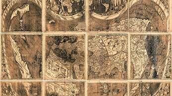 Während in Offenburg eine Globussegmentkarte von Martin Waldseemüller zu sehen ist, handelt es sich hier um eine Plankarte (Library of Congress, Washington).