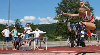 Im Dreisprung durfte sich Cora Maria Burger in Koblenz über einen Podestplatz freuen.