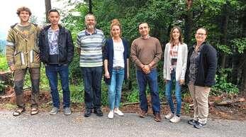 Wissenschaftliches Projekt zu Wald und Gesundheit in Bad Peterstal-Griesbach: (von links) Michel Grün, Marco Schmitt, Walter Doll, Verena Rohde, Ahmed Karim, Antonia Staufenberg und Silke Muck.