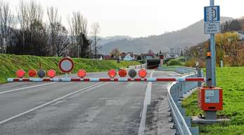 Der B 28-Tunnel war wegen Reparaturarbeiten am Montag stundenlang gesperrt.