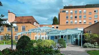 Im Zuge der Agenda 2030 soll der Offenburger Standort Ebertplatz des Ortenau-Klinikums geschlossen werden und durch ein Großklinikum ersetzt werden. Das Projekt ist nach wie vor umstritten.