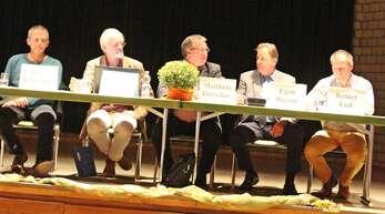 Diskutierten in der Abtsberghalle (von links): Hans Bartelme, Gottfried Mayer-Stürmer, Matthias Drescher, Egon Busam und Reiner End.