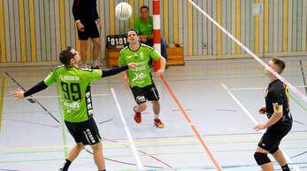 Timo Ehret (l.) und Michael Haas (Mitte) sind mit der FG Griesheim nach sechs Spielen im Soll.