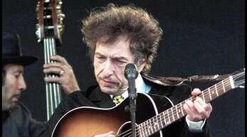 Kultmusiker und Literat: Bob Dylan 2001 beim Roskilde Festival in Dänemark.