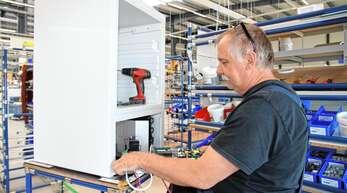 Die Produktion läuft auf Hochtouren in Willstätt-Sand: Spezial-Kühlgeräte von Kirsch sind sehr gefragt in Zeiten, in denen Labore und Forschungseinrichtungen wegen Corona hochfahren.