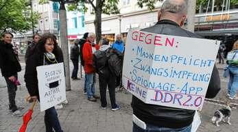 Wie bereits am 2. Mai (Foto), so wollen auch an diesem Samstag wieder Menschen in Offenburg gegen die Maßnahmen gegen das Coronavirus demonstrieren.