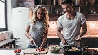 Fleischkonsum reduzieren und weniger Fleisch essen: Hier finden Sie Tipps.