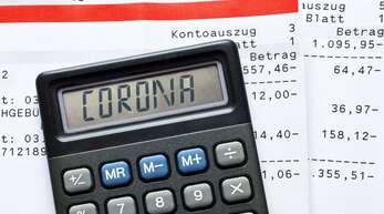 Mit dreistelligen Beträgen ist es im Landeshaushalt nicht getan, wenn es um die Bewältigung der Corona-Krise geht. Allein die Steuerausfälle summieren sich auf einen hohen Milliardenbetrag.