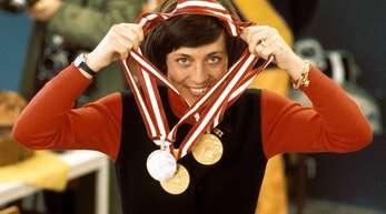 Drei Medaillen und ein Lächeln: Die Olympischen Winterspiele 1976 haben Rosi Mittermaier berühmt gemacht.