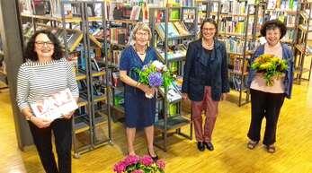Wechsel beim Freundeskreis der Stadtbibliothek Offenburg (von links): die neue Vorsitzende Sibylle Reiff-Michalik neben ihrer Vorgängerin Jutta Collmann, der neuen Schriftführerin Karin Jockers und der scheidenden Beirätin Heidi Bange.