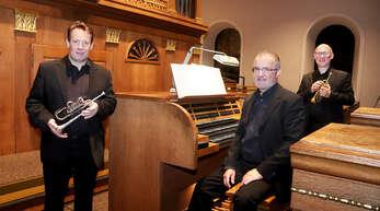 Mit Orgel- und Trompetenklängen eröffneten Stephan Börsig (von links), Thomas Strauß und Bernhard Münchbach am Sonntag die Oppenauer Festwoche.