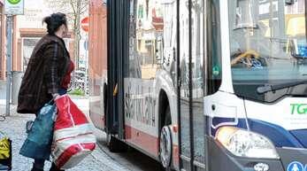 Mit einer Tarifreform und besseren Busverbindungen will der Ortenaukreis Menschen dazu bringen, vom Auto in öffentliche Verkehrsmittel umzusteigen.