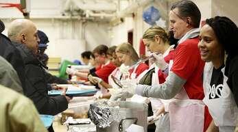 Eine Begleiterscheinung der Corona-Krise in den USA: Mehr Menschen sind auf Nahrungsmittelhilfe angewiesen.