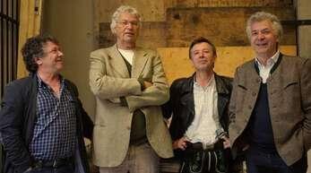 Gerhard Polt (2. von links) und die Well-Brüder
