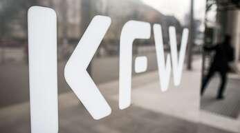 Über die KfW werden viele Kredite zur Stützung von Unternehmen vergeben.