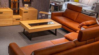 Bei Möbel Seifert in Achern werden fünf Jahre lang Serviceleistungen bei Polstermöbeln garantiert.