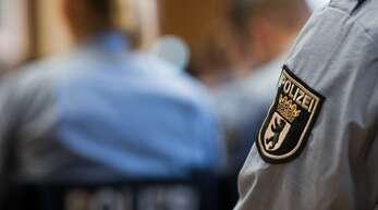 Die Bundesregierung will den Arbeitsalltag der Polizei untersuchen.