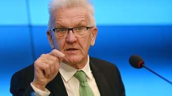 Da geht's lang – Ministerpräsident Winfried Kretschmann stimmt Baden-Württemberg auf weitere Einschränkungen wegen der Coronakrise ein.