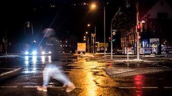 Nachts ist in den Straßen wenig los – auch in Stuttgart.
