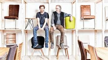 Bieten moderne Möbel nach Maß: Alexander und Jürgen Venzke.