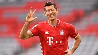 Ein Kurzhaarschnitt mit glatten, braunen Haaren steht für viele Tore in der Bundesliga. Wobei in der Hinrunde alleine 22 Tore auf das Konto von Robert Lewandowski gingen.