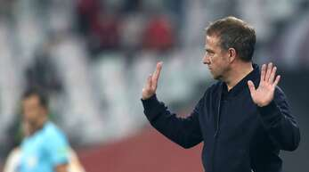 Bayern-Trainer Hansi Flick würde gerne mit Karl Lauterbach unter vier Augen sprechen.