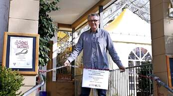 Gastronom Zarko Juric vor seinem geschlossenen Restaurant.