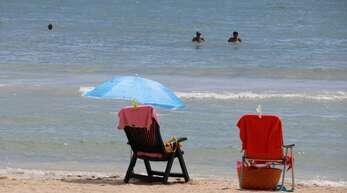 Sonne, Strand und Meer: Veranstalter von Pauschalreisen sollen einen neuen Sicherungsfonds aufbauen.