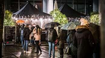 Glühweinverkauf in der Stuttgarter Innenstadt
