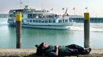 Der Bodensee ist gerade an den Ostertagen ein beliebtes Ausflugs- und Urlaubsziel. Doch so voll wie auf diesem Schiff vor Konstanz wird es wohl in diesem Jahr nicht.