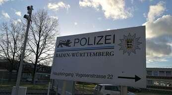 Der Angeklagte soll seine Kollegin in seinem Zimmer auf dem Gelände der Polizeischule in Lahr begrapscht und bedroht haben.