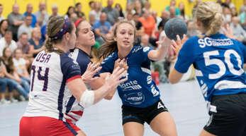 Nadja Kaufmann (Mitte) trifft mit der SG Steinbach/Kappelwindeck im DM-Achtelfinale auf den HTV Hemer.