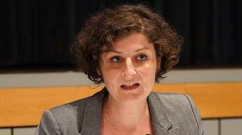 Jeanne Barseghian, die grüne Oberbürgermeisterin Straßburgs, steht seit Ende März bei der Debatte um die geplante Subventionierung in Höhe von 2,56 Millionen Euro für den Bau einer Moschee in Straßburg im Mittelpunkt. Der Fall kommt jetzt vor das Straßburger Verwaltungsgericht.