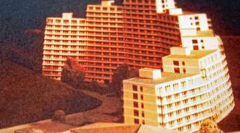 1969 wurde in Haslach ein für die kleine Gemeinde riesiger Wohnbaukomplex geplant - verwirklicht wurden die Pläne aber nie.