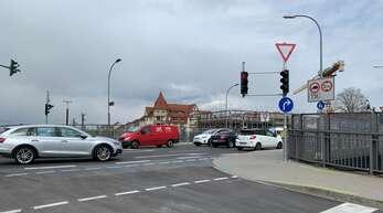 An der Unionbrücke kann man künftig nur nach rechts weiterfahren