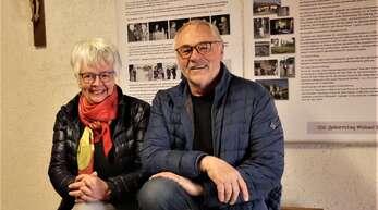 Angela und Lucien Mutzig im Museum im neuen Schulraum.