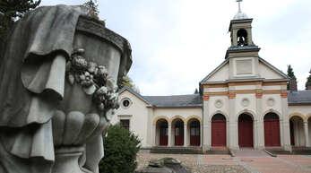 Friedhöfe haben eine große Bedeutung für die Erinnerungskultur einer Stadt. Der Kulturausschuss beriet deshalb darüber, nach welchen Kriterien Gräber für die Nachwelt erhalten werden sollen.