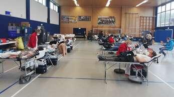 Reger Betrieb herrschte am Donnerstag bei der Blutspendeaktion des DRK in der Sporthalle der Sportfreunde Goldscheuer.