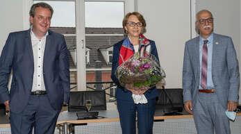 Hoher Besuch (von links): Michael Mack,Honorarkonsul Frankreichs in Freiburg, DiplomatinAnne-Marie Descôtes und Kehls Oberbürgermeister Toni Vetrano.