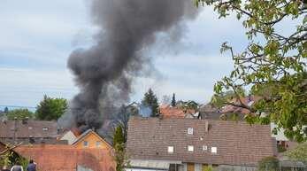 Nachdem eine Halle in der Grundmattstraße in Rammersweier brannte, gab es nur drei Tage später und wenige Meter entferne ein weiteres Feuer.