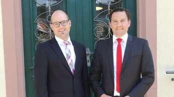 SPD-Bundestagsabgeordneter Johannes Fechner (rechts) hatte eine gute Nachricht für Bürgermeister Marti Aßmuth.