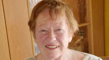 Als junge Mutter (hier mit Sohn Christian) begann Elisabeth Suhm in den 1960er-Jahren die Arbeit für das Offenburger Tageblatt. Heute ist sie 87 Jahre alt und beendet ihre Reporterinnen-Tätigkeit.