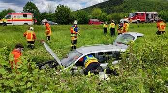 Auto im Graben bei Steinach Lachen - Feuerwehr Steinach im Einsatz