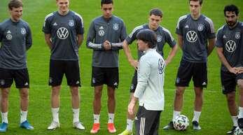 Bundestrainer Joachim Löw und die deutsche Mannschaft – bald wird es ernst bei der EM 2021.