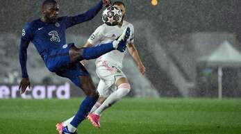 Antonio Rüdiger spielt eine starke Saison beim FC Chelsea.