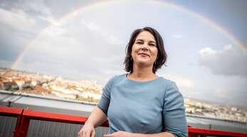 Drücken die zu spät gemeldeten Nebeneinkünfte ihre Zustimmungswerte? Grünen-Spitzenkandidatin Annalena Baerbock